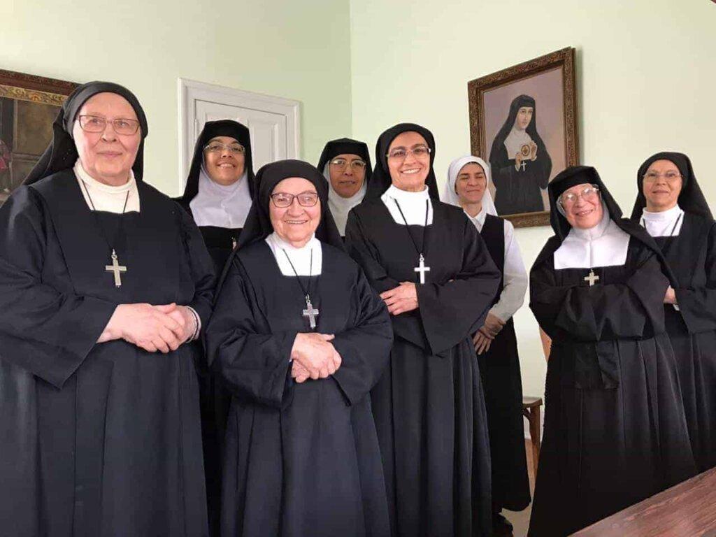 Na clausura, Irmãs Visitandinas rezam pelo fim da pandemia