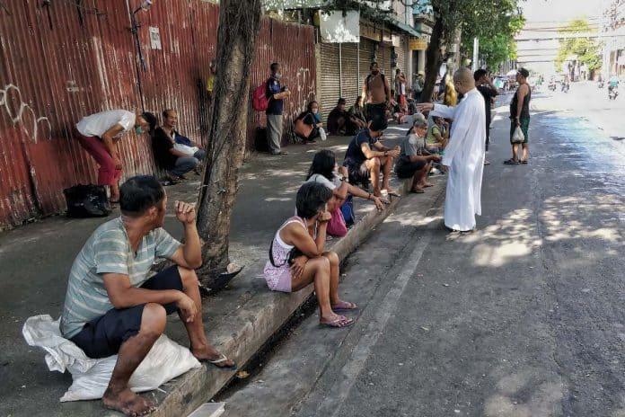 Nas Filipinas, cristãos ajudam 4,5 milhões de pessoas desde o começo da pandemia